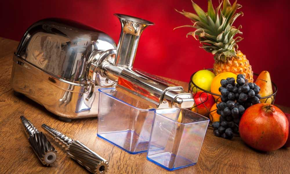 What Is a Cold Press Juicer